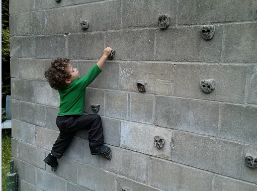 how to build a rock wall