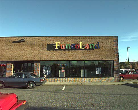 Funcoland The Place For Frugal Gamers In The 90s Action Economics